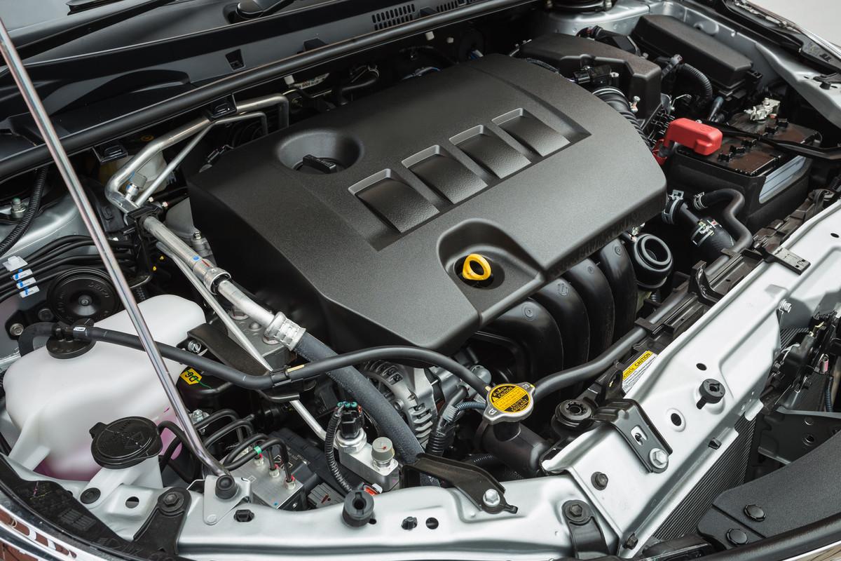 véhicules à moteur essence